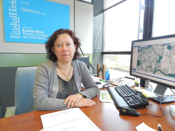 Elena Lete, y la aplicación de geoEuskadi