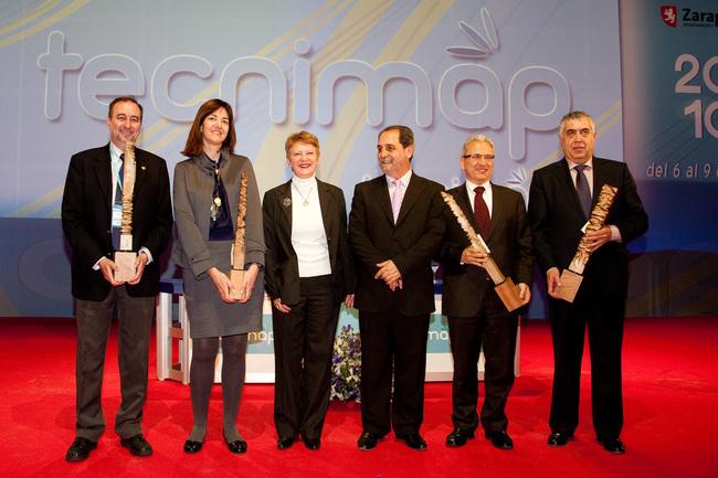 La consejera, Idoia Mendia, recibe el premio TECNIMAP por la pasarela de pago móvil