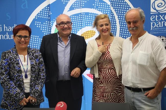 Mari Jose Olaziregi, Patxi Baztarrika, Aizpea Goenaga, Juan Kruz Igerabide