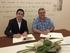 Joxe Mari Aizega, director del BCC, y Jose Miguel Santamarina, director de la Escuela de Hostelería de Leioa, durante la firma del convenio