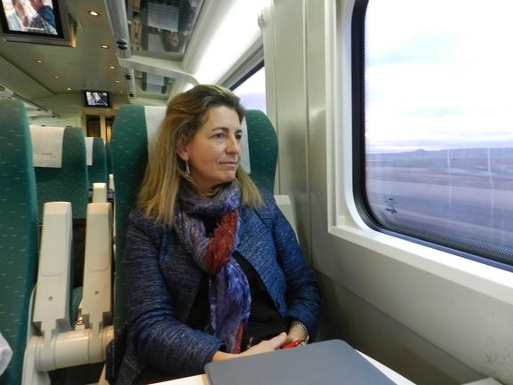 Oregi, ayer a bordo de un tren Alvia Vitoria Gasteiz/Madrid