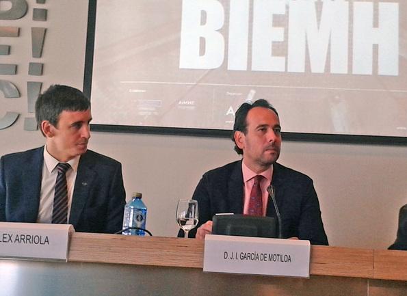 J.I.Motiloa, Viceconsejero de Industria y Energia y Alexander Arriola, Dtor. Gral. de Spri en rueda de prensa en BIEMH