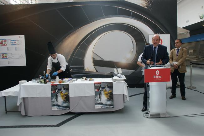 Bittor Oroz en la presentación de la campaña del Bonito