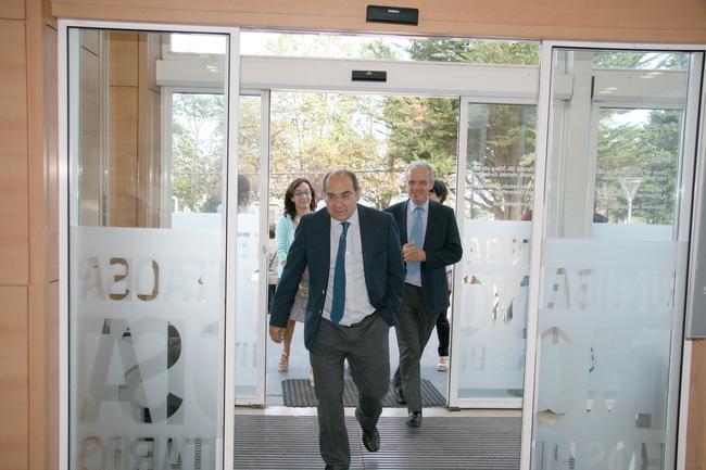 El Consejero de Salud visita el Hospital Universitario Donostia