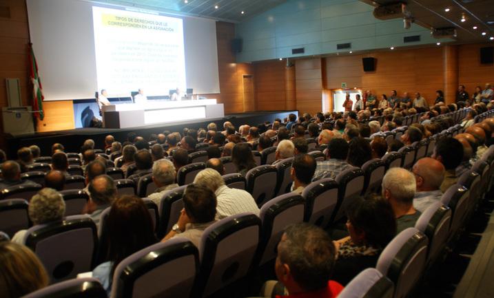 charla informativa sobre la Reforma de la Pac celebrada en Lakua