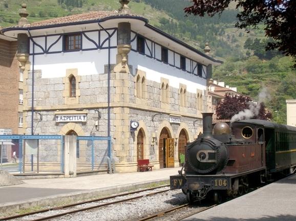 El Museo Vasco del Ferrocarril finaliza este fin de semana la temporada 2014 de trenes de vapor, con las dos últimas circulaciones