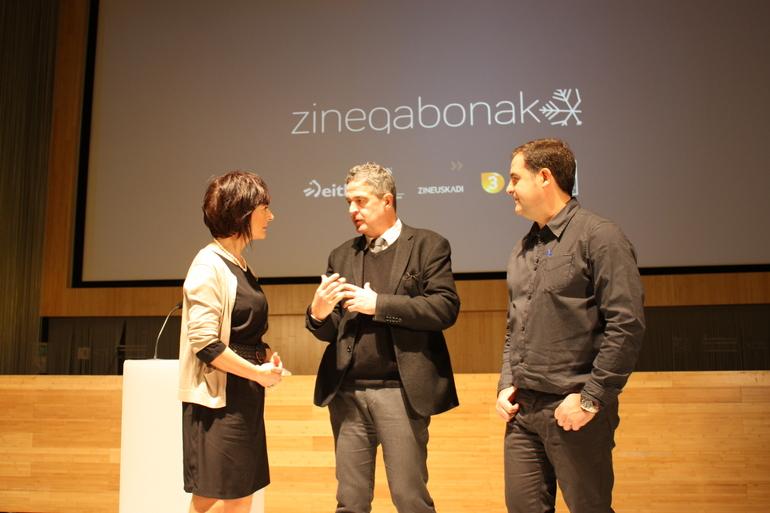 Maite Iturbe, JOxean Muñoz, eta Ion Lopez, Zinegabonak zikloaren aurkezpenean