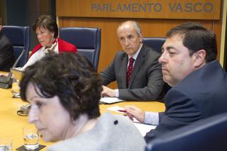 Legebiltzarrak lagatako argazkia / Foto cedida por el Parlamento