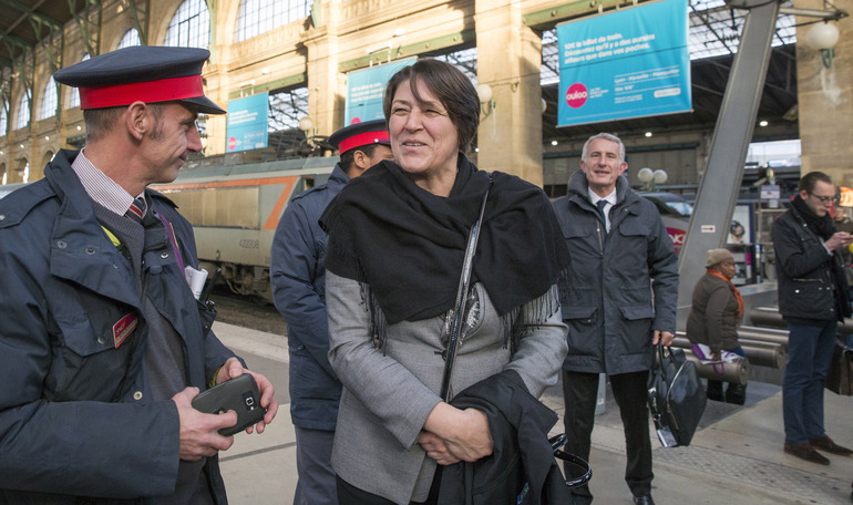 La Comisaria europea de Transportes, Violeta Bulc, en la Estación del Norte, Paris (Photo E.C.)