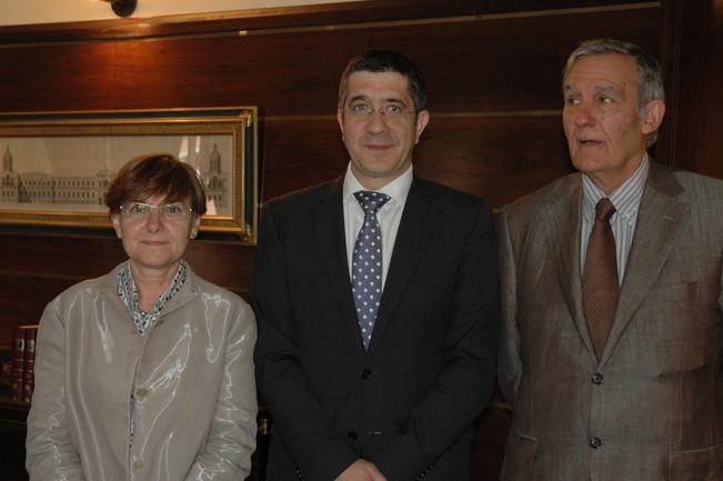 encuentro entre el lehendakari, la consejera gemma zabaleta y el presidente de CES
