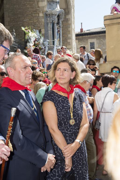 Oregi, hoy, junto al alcalde Gorka Urtaran y el  Diputado General de Araba/Álava en las fiestas de Vitoria Gasteiz