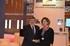 Alain Vidalies y Ana Oregi en el stand conjunto de Aquitaine/Euskadi en la feria Nautic