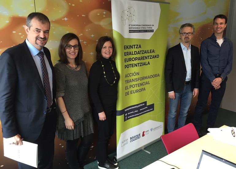 Javier Agirre (Ihobe-Gobierno Vasco) Isabel Fernández (ICLEI) Sally Kneeshaw (Speaker experta en sostenibilidad) Stefan Kuhn (ICLEI) Rudd Schuthof (ICLEI)