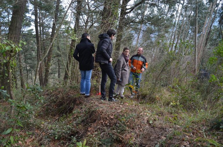 Oregi y Rementeria , en las laderas de Ondarroa a las 14:30 de hoy