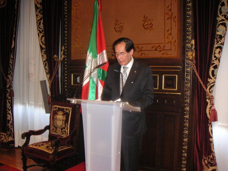 El embajador de Filipinas Carlos Salinas.