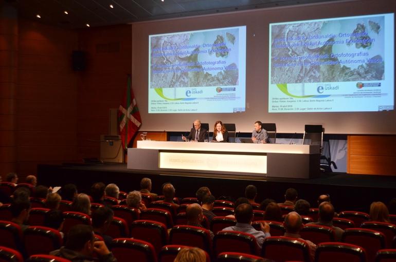 El Gobierno Vasco ofrece a profesionales de la planificación, urbanismo y medio ambiente las aplicaciones profesionales de geoEuskadi