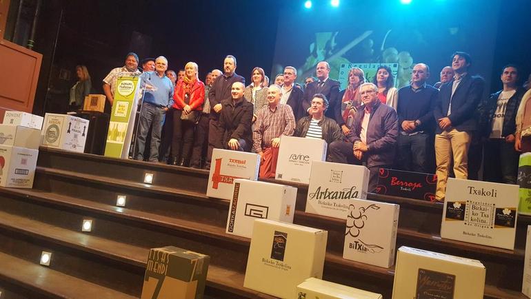 Presentación de la añada 2015 de Bizkaiko Txakolina en el Kafe Antzokia de Bilbao