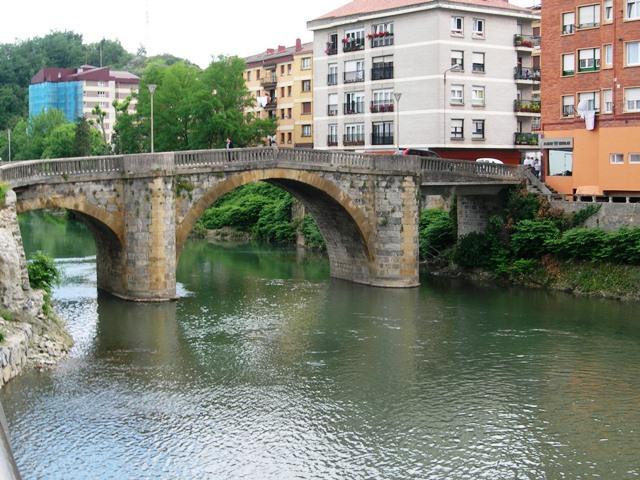 Puente_Zubimusu._Villabona.JPG
