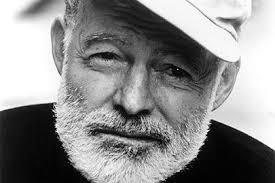 Hemingwayren bideari jarraituz