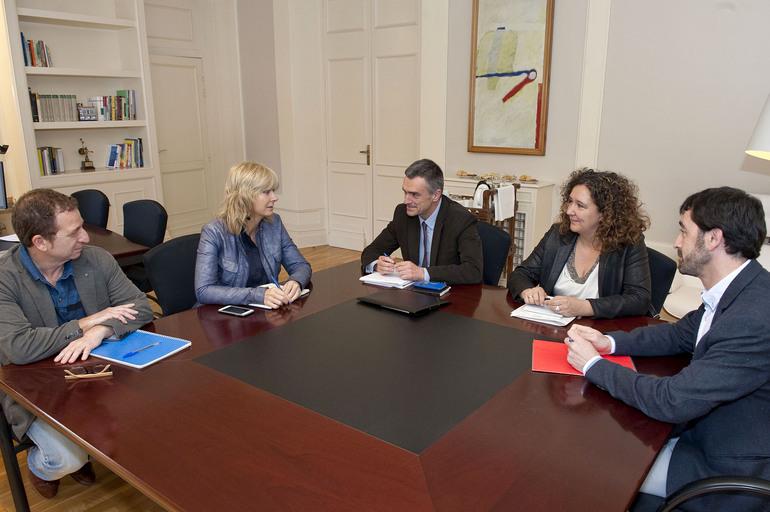Gobierno Vasco y Navarro exploran vías de colaboración en materia de convivencia