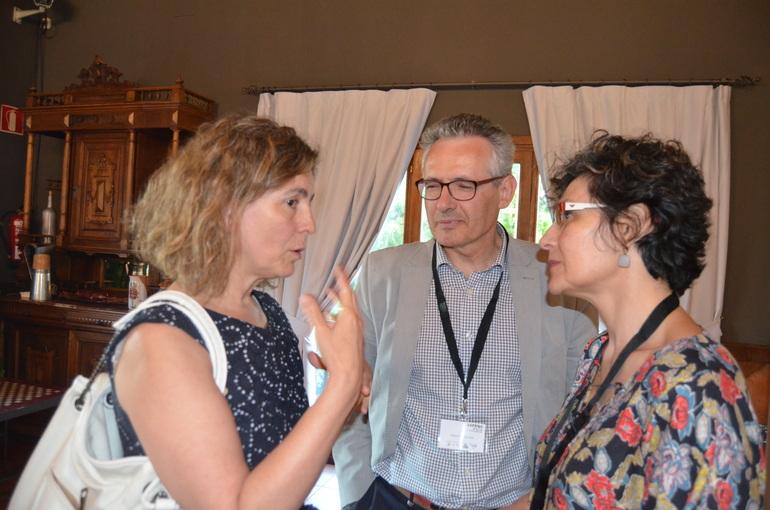 Ana Oregi charla con Marta Múgica