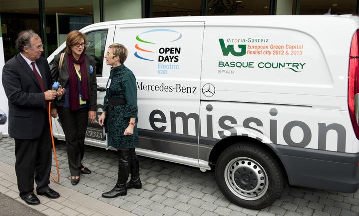 Delegada de Euskadi en Bruselas, Comisario Europeo de Medio Ambiente y Concejala de Medio Ambiente del Ayuntamiento de Vitoria-Gasteiz