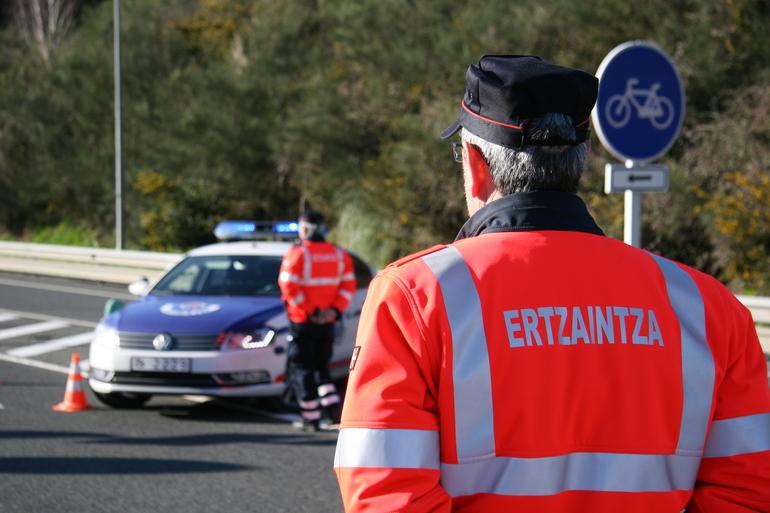 La Dirección de Tráfico espera alta densidad de vehículos en la red viaria este fin de semana