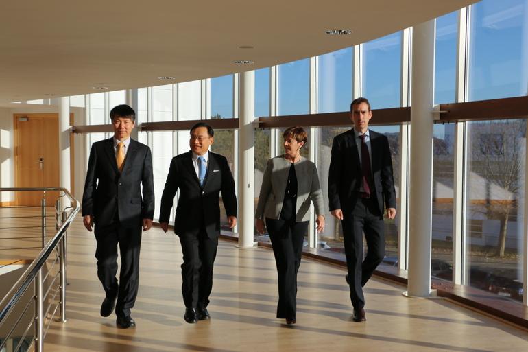 La Consejera Arantxa Tapia se ha reunido con el embajador de Corea del Sur en España