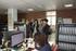 la consejera Uriarte y la viceconsejera Alonso conversan con la directora gerente del Consorcio Haurreskolak, Maite Larrañaga (primera por la izq.), durante la visita a su sede