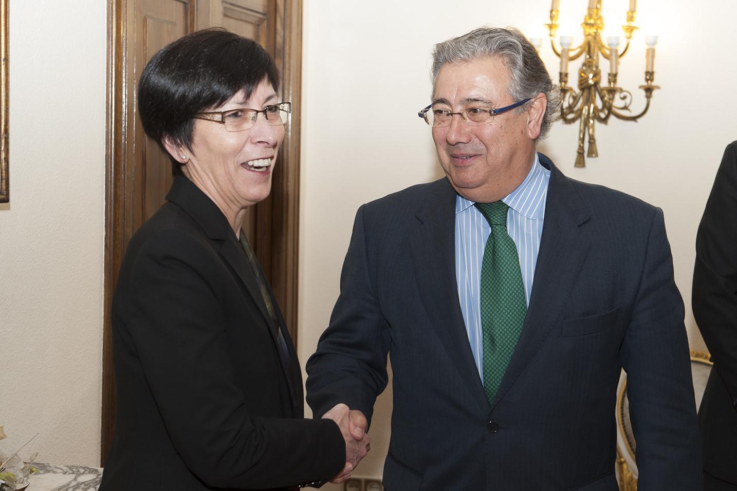 Irekia eusko jaurlaritza gobierno vasco la consejera for Nombre del ministro de interior