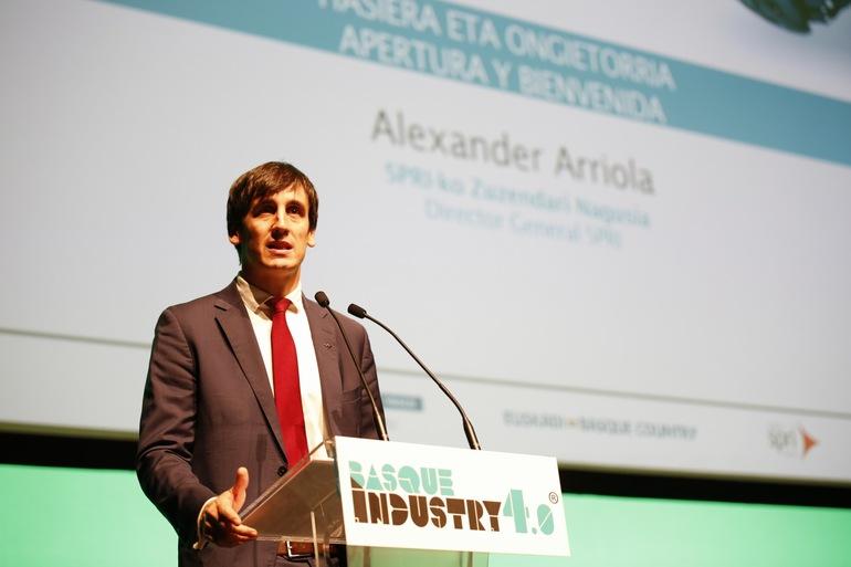 Alex Arriola