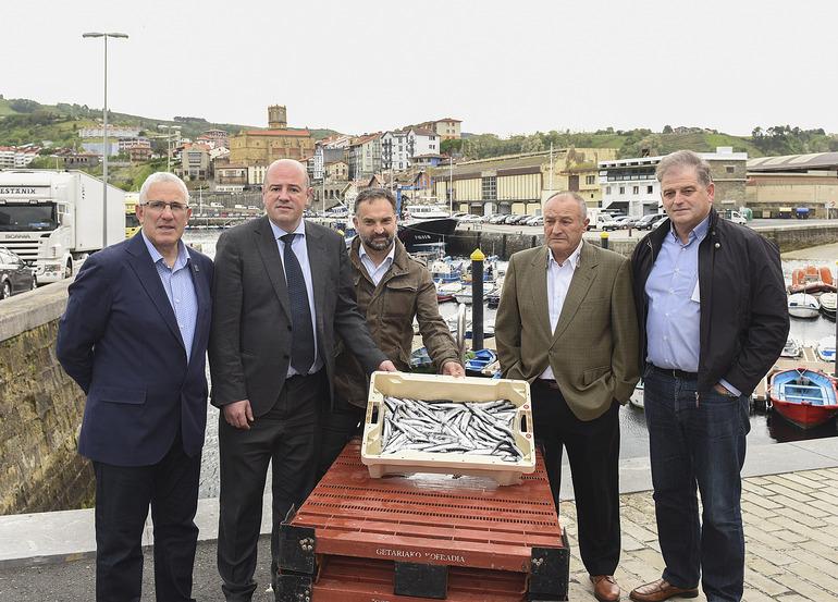 De izquierda a derecha: Emeterio Urresti, Bittor Oroz, Nika Lertxundi, Iñaki Zabaleta, Eugenio Elduaien