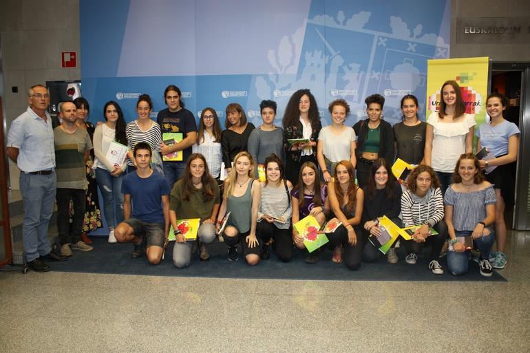 Aurtengo irabazleak, Hezkuntza Berriztatzeko zuzendari Lucia Torrealdayrekin