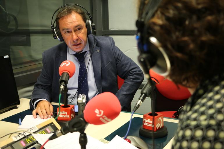 Antonio Aiz Radio Vitorian elkarrizketa