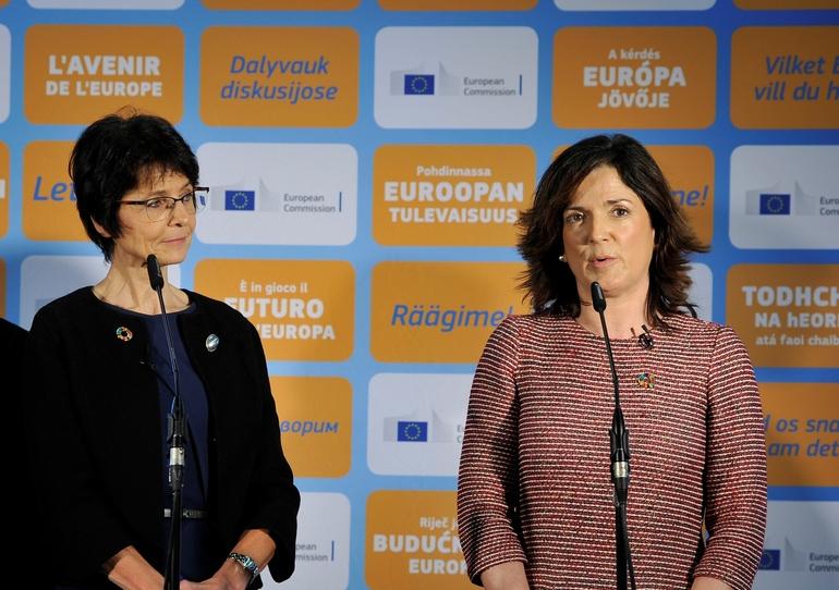 Artolazabal, la semana pasada en una comparecencia junto a la Comisaria de Empleo de la Unión Europea