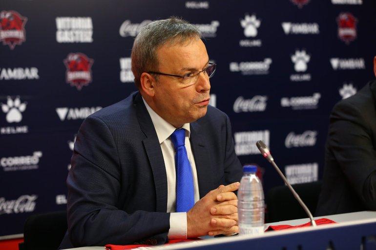 El Consejero Alfredo Retortillo en la rueda de prensa