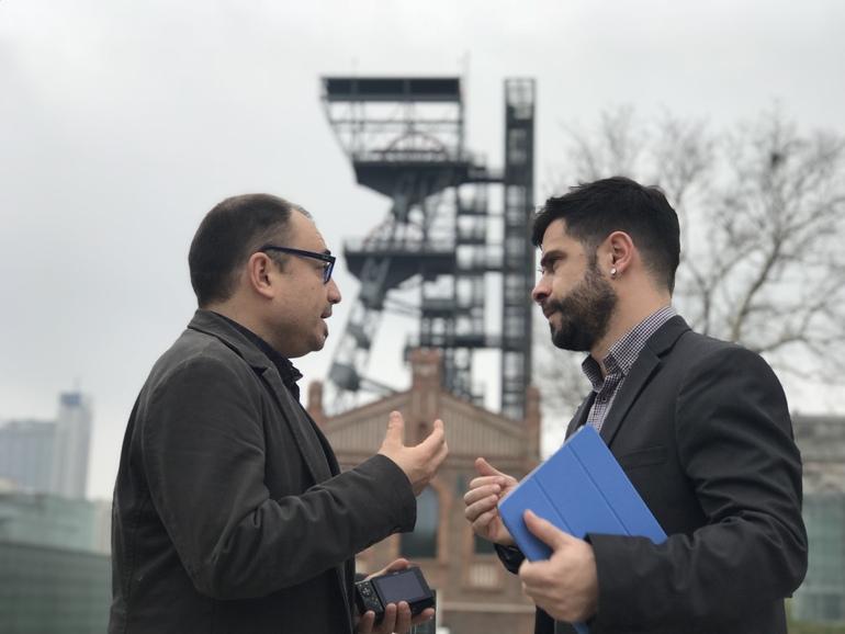 Harkaitz Millan, director de Basquetour y el presidente de la  Asociación Vasca de Patrimonio Industrial, Javier Puertas