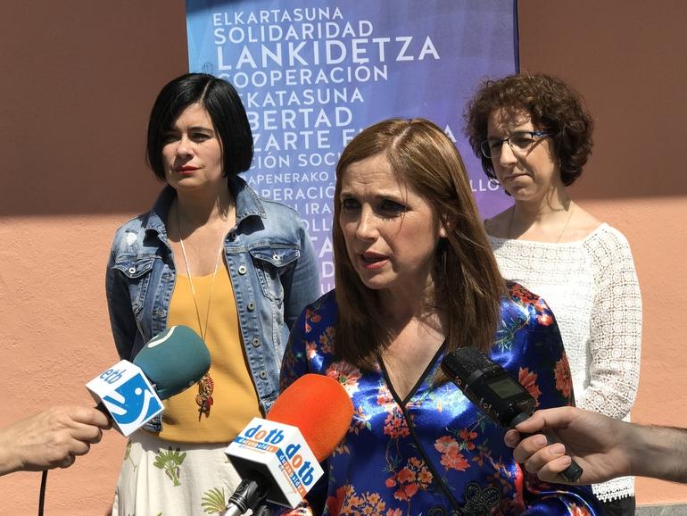 Mª Jesús San José, Aitziber Irigoras y Pilar Ríos