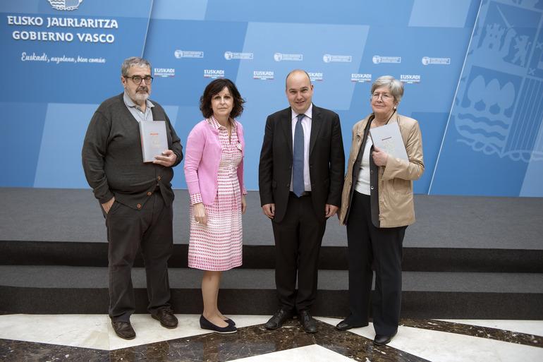De izquierda a derecha: Koldo San Sebastián, Marian Elorza, Gorka Álvarez Aranburu y  Estíbaliz Ruiz de Azua