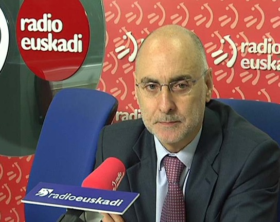 El Consejero de Interior, Rodolfo Ares, durante la entrevista