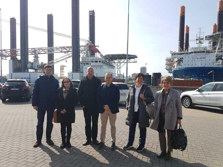 La delegación del Gobierno Vasco,  en  las instalacionesdel Instituto Marino de Flandes, en Ostende.