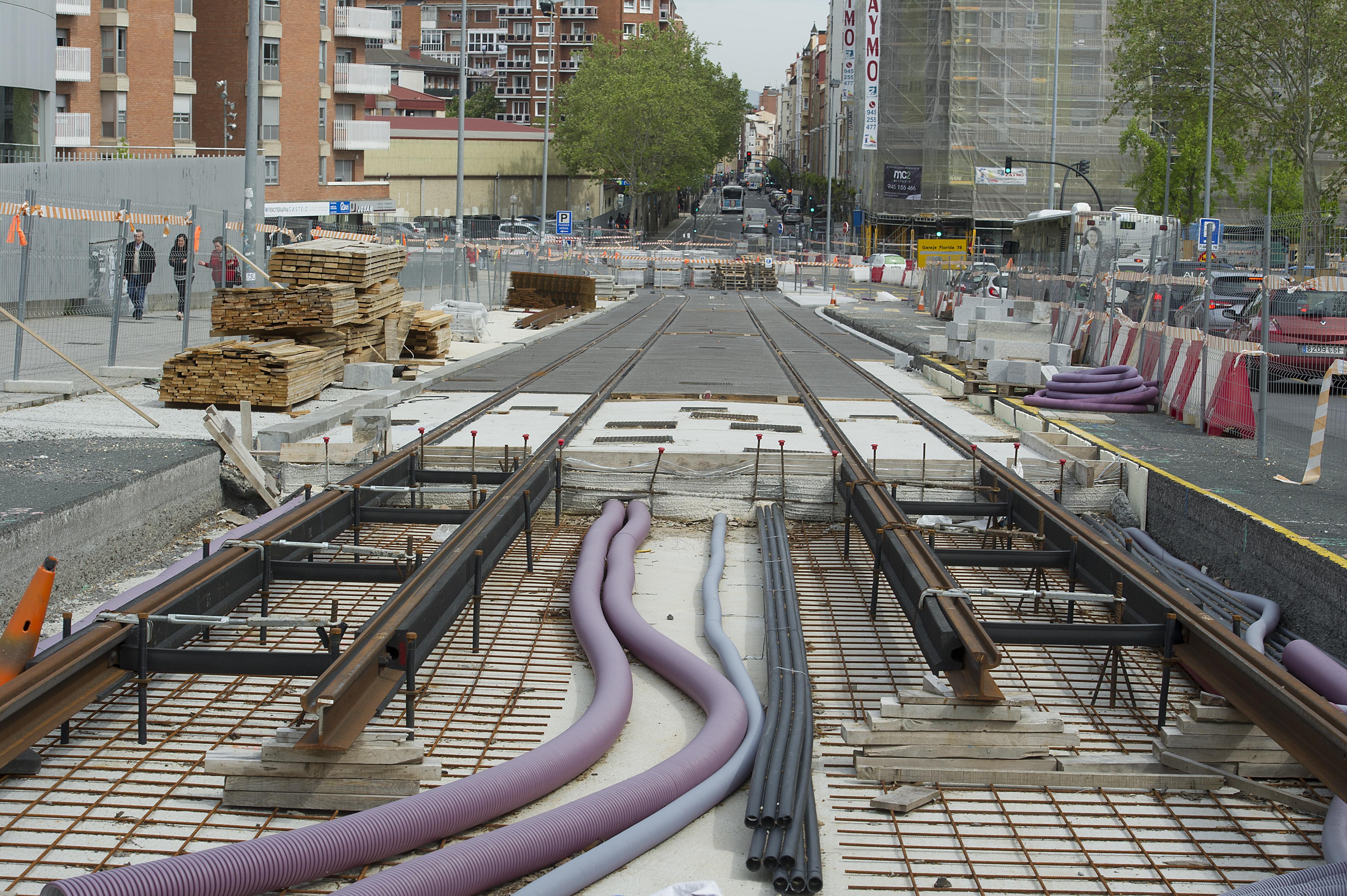 Obras_del_tranvia20190506_1404.jpg