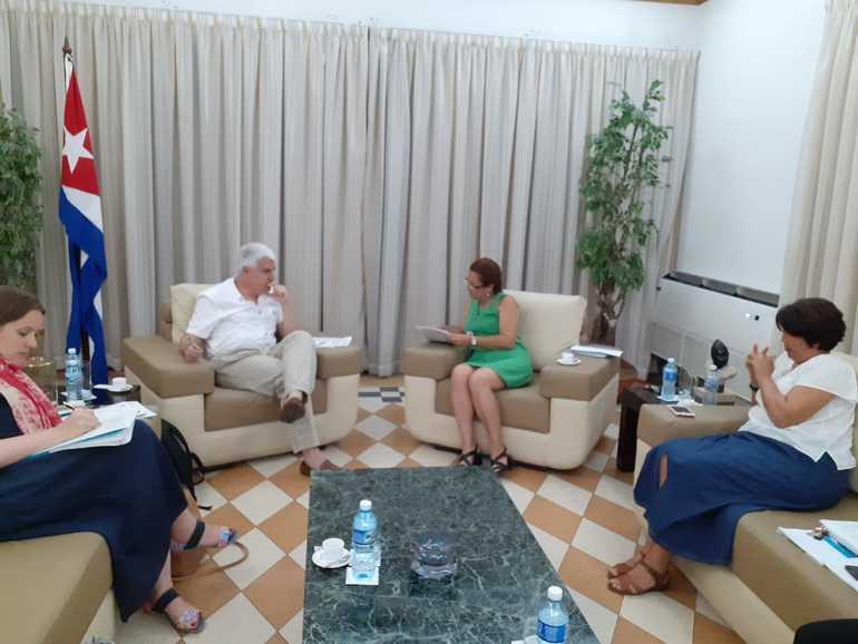 Reunión preparatoria del acuerdo entre la AVCD y el MINCEX en Cuba