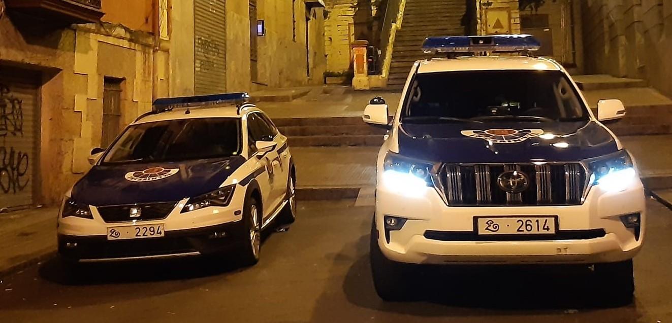 coches_patrulla_noche_Bilbao_1__2_.jpg