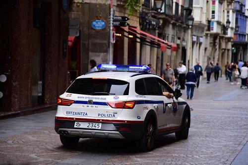Vehiculo_patrulla_500px.jpg