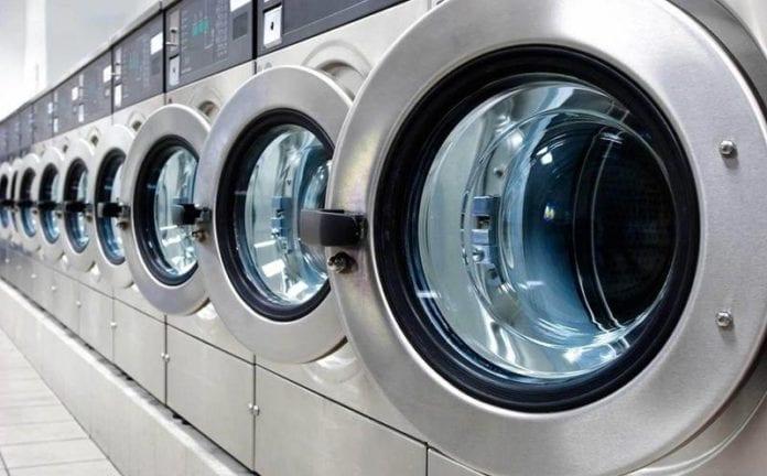 laundromat-washer-696x432.jpg