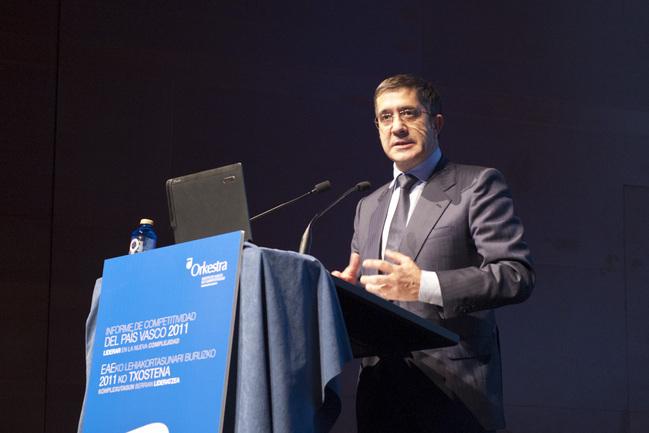 El Lehendakari, Patxi López, durante su intervención