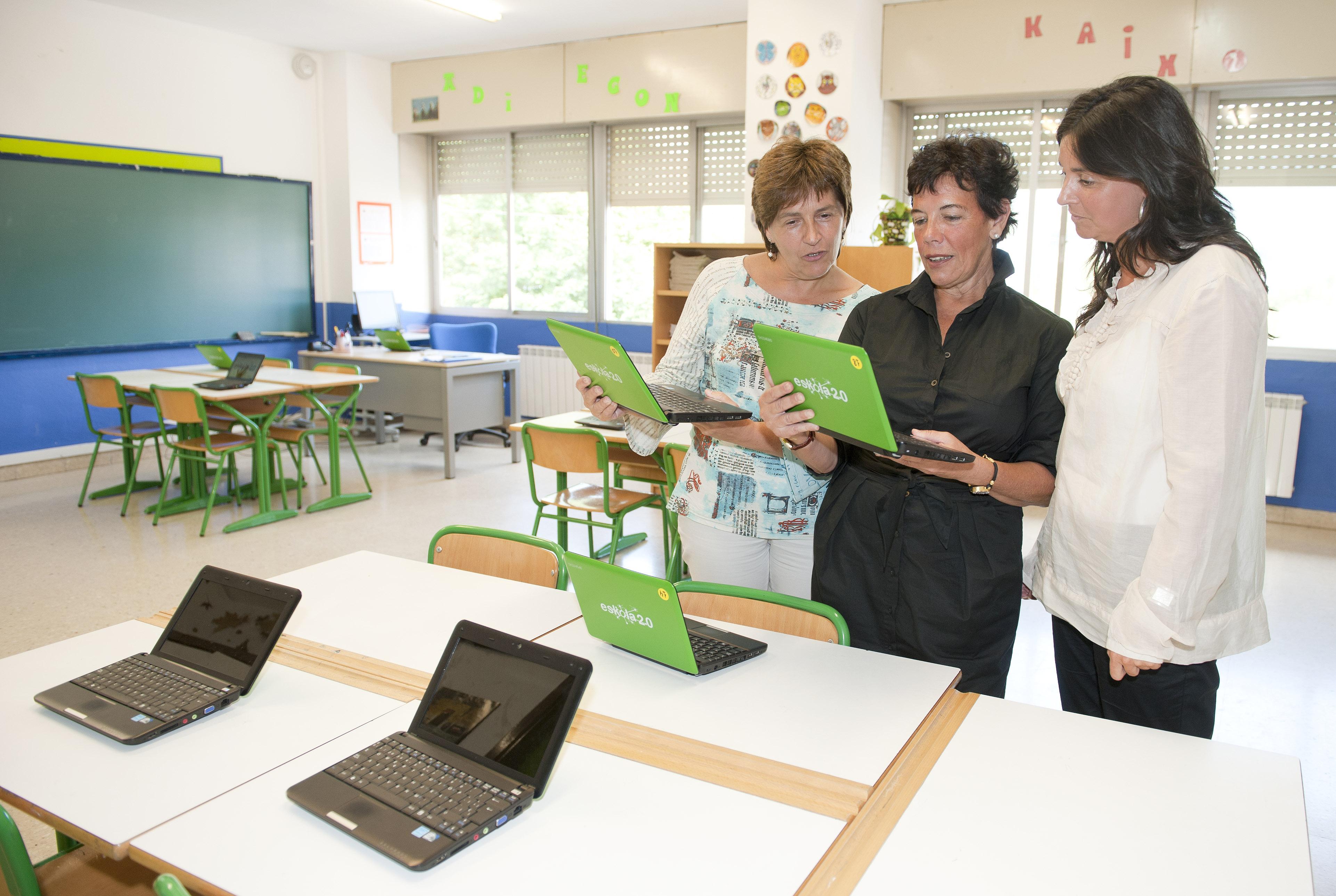 2011_09_02_educacion_nuevo_curso_san_martin_aula_ordenadores.jpg